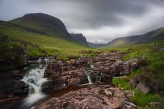 Isle of Skye (PiTiS ¬~) Tags: scotland escocia skye isleofskye isla clouds nubes green verde cielo waterfall cascada sky longexposure longexpo largaexposicion landscape paisaje