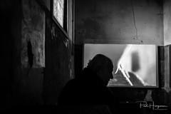 Silhouette man @ Breda photo (PaulHoo) Tags: fujifilm x70 2018 breda city bredaphoto bredaphoto2018 silhouette man candid interior indoor film photo light audiovisual unheimisch sinister doom
