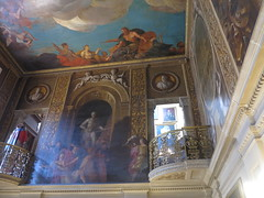 balcony's in a room (squeezemonkey) Tags: chatsworthhouse statelyhome england ceiling interior hall painting decoration balcony cherubs
