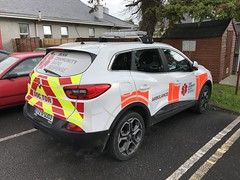 Doctor Rapid Response Car - Ambulance Station - Mid-Western Regional Hospital / UL Hospitals Ennis Hospital - September 2018 (firehouse.ie) Tags: automobile l'auto coche emergencyservices ambulance ireland ennis fastresponsecar frc rrv car emergency doctor renault