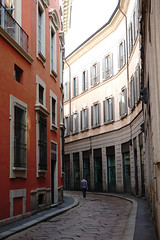 Milan Street Scene (dewelch) Tags: academic architecture church college family history italia milan milano screenwritingresearchnetwork srnconference travel university