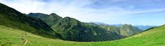 Le randonneur (jpto_55) Tags: panorama pyrénées chemin randonnée paysage ariège france xe1 fuji fujifilm fujixf1855mmf284r