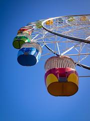 ferris wheel (Mariasme) Tags: lookingup ferriswheel colourful bluesky sydney lunapark