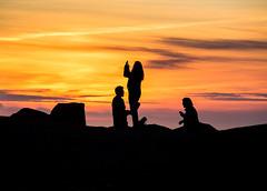 Faro Corrubedo (joseemiliogomez431) Tags: amarillo atardecer cielo corrubedo gente paisaje sombras rojo