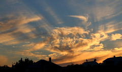 Sky over Reykjavik (hó) Tags: sky clouds reykjavík iceland sunset houses silhouettes rays august 2018