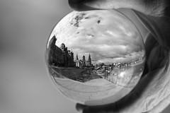 (Px4u by Team Cu29) Tags: glaskugel dresden brühlscheterasse elbe albertbrücke himmel weitwinkel hand