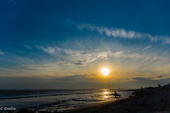 Sunset Carro (Emeline P) Tags: landscape nature coucherdesoleil sun sunset sea mer cloud nuage sky ciel vague waves été summer sony sonyalpha77 sigma sigmaexmacroobjectif105mmf28 sigmaobjectifmacro18250mmf3563dcoshsm tamron150600mm soleil colors plage eau sable océan ocean