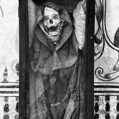 B&W Mummy 2 (ky_olsen) Tags: museodeelcarmen cdmx mexicocity mexico mummies blackwhite creepy