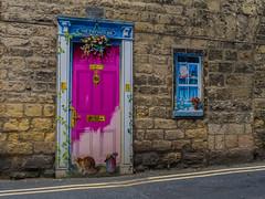 Knaresborough, North Yorkshire (Reynard_1884) Tags: olympusomdem5 olympus market marketstall street people micro43rds em5 mirrorless microfourthirds northyorkshire feva knaresborough streetphotography knaresborough'sannualfestivalofentertainmentandvisualarts mu43 spatown olympusomd markettown marketday marrow knaresborough'sannualfestivalofentertainmentandvisualar