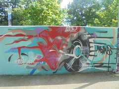 only fat (en-ri) Tags: fo moans 1990 rosso nero parco dora torino wall muro graffiti writing
