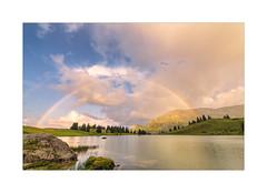 Regenbogen über dem Seealp (Schilt Thomas) Tags: seealpsee sonnenuntergang regenbogen rainbow sunset alpen berge bergsee berner oberland