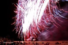 Fireworks @ Ostend Beach 2018 (Fabke.be) Tags: fire firework fireworks vuurwerk feudartifice feu colorful colors color amazing exploding explore inexplore beach strand plage oostende ostend westvlaanderen flanders coast northsea noordzee purple red dark night nightshooting nightshot people audience mensen monde sand zand