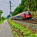 ÖBB railjet train passing river Inn between Kiefersfelden and Kufstein thumbnail
