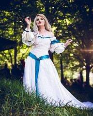 SP_81940 (Patcave) Tags: dragon con dragoncon 2018 dragoncon2018 cosplay cosplayer cosplayers costume costumers costumes swan princess odette wedding bridal fashion vintage 90s dress