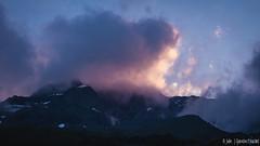 Nuages sur les sommets au matin (Quentin Douchet) Tags: alpes alpesfrançaises alps auvergnerhônealpes france frenchalps savoie savoy aurore cloud crepuscule crépuscule landscape montagne mountain nuage paysage twilight