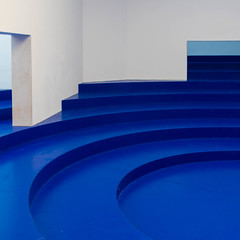 blue & white I (morbs06) Tags: belgianpavillion biennale2018 italy traumnovelleroxanelegrelle venice abstract architecture blue building colour curves geometry light lines repetition square stripes wall white