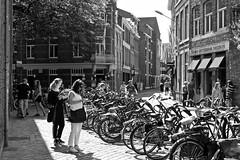 Lost / Sint Pieterstraat / Maastricht (rob4xs) Tags: maastricht mestreech sintpieterstraat zw bw blackandwhite monochrome fiets bicycle favorite limburg nederland thenetherlands holland niederlande