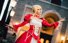 Nero Claudius (ネロ・クラウディウス) (btsephoto) Tags: cosplay costume play コスプレ anime fuji fujifilm xt2 portrait otakuthon convention montreal quebec palais des congrès de montréal québec flashpoint ttl pocket flash evolv 200 r2 godox a200 nero claudius ネロ クラウディウス ネロ・クラウディウス emperor roses 薔薇の皇帝 red saber fategrand order fate grand aniplex video games delightworks fujinon xf 56mm f12 r lens