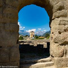 Blick aus dem Römischen Theater in Aosta (Bernd Edelmann) Tags: aosta römischestheater italien alpen