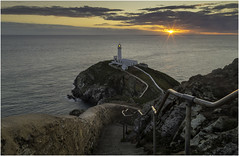 End of the day at South Stack (Charles Connor) Tags: longexposure lighthouses southstack anglesey northwales uk seascape landscapephotography landscape sunsets sun nightshots beautiful beautyofnature canondslr