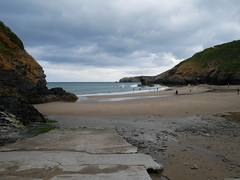 Llangrannog (Dubris) Tags: wales cymru ceredigion llangrannog seaside coast village beach sand slipway