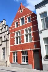 Nonnenstraat 16, Mechelen (Erf-goed.be) Tags: doornkroon baecxconvent woning begijnhof grootbegijnhof nonnenstraat mechelen archeonet geotagged geo:lon=44747 geo:lat=51031 antwerpen