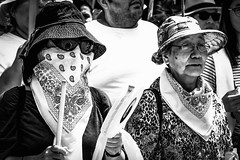 Downtown, Los Angeles, California (paccode) Tags: solemn d850 shades street people sunglasses serious tourist quiet kerchief posing hat urban candid concern portrait monochrome blackwhite glasses music california concentrate