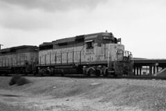 On Sunday We Rest (GRNDMND) Tags: trains railroads unionpacificup locomotives emd gp30 gp30b colton california