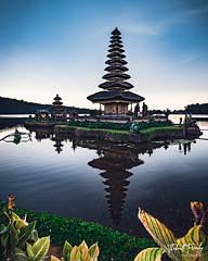 Ulun Danu Beratan Temple (thibaultfrenchy) Tags: ulan danu temple water lake nature culture bali balenese tradition architecture ancient croyance faithful boat tradiontional sunrise morning composition plants flowers history historical levels frogs flora pagoda worship shrine building