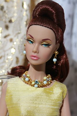 The Poppys in yellow (Isabelle from Paris) Tags: fashion fairytale poppy parker golden holiday isabelleparisjewels