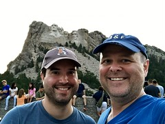 Mount Rushmore Selfie (TagDragon) Tags: memorial selfie roadtrip vacation nps 2018 mountrushmore nationalparkservice