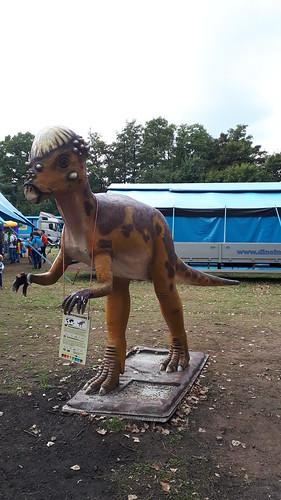 Dinosaurier im Reich der Giganten Ausstellung Hamburg sa. 8.9 2018