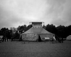 Climate Camp in the Rhineland 2018 (main tent) (andi_heuser) Tags: klimacampimrheinland2018 climatecampintherhineland2018 erde earth protest solidarität solidarity zelt tent planetfirst blackwhite blackwhitenegativefilm ilforddelta3200 analog analogue andiheuser