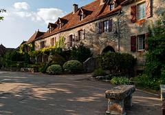 IMG_3261 (jpu017) Tags: bâtiments maisons