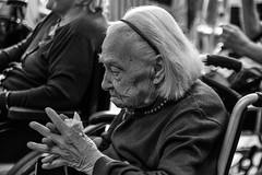 Istituto Giovanni XXIII (Claudia Celli Simi) Tags: istitutogiovannixxiii bw bn biancoenero blackandwhite monocromo monocrhome contrasto ritratti volti anziani vecchi viterbo facchinidisantarosa 2settembre