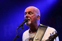 Dave Pegg. Fairport convention (Txaro Franco) Tags: concierto fondo azul canon detalle cantante irlanda ireland irish