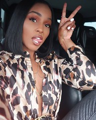 The closest you've ever been to The Coolest Leopard in the Jungle, now watch me roar ROARRRRRR! How's your Saturday going? Top: @boohoo #boohoo #outfitofthenight (latoyaforever) Tags: latoyaforever latoyaslife baby samia latoya