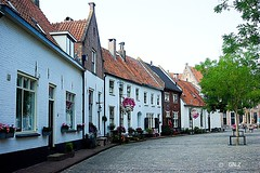 Picturesque (Greet N.) Tags: hattem cityscape gelderland thenetherlands architecture road buikdings white