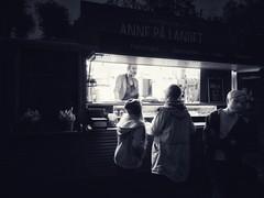 Late Night Snack-Keeping it Cool (lindsipindsi_) Tags: annepålandet streetphotography candid blackandwhite norway oslo hvervenbukta nightphotography bw latenightsnack