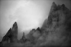 Massif des Cerces (Daniel Paravisini) Tags: cerces hautesalpes alps frenchalps mountainscape mountainphotography summit hiking myhautesalpes misty mist peaks lake nature