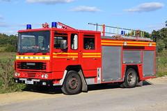1st Defence - E116FCJ (matthewleggott) Tags: 1st defence fire rescue engine appliance dennis ss133 carmichael ss hereford worcester