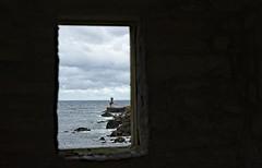 faro (Jesus Castañeda del Moral) Tags: faro pasaia donibane basque country vasco euskal herria ventana mar itsasoa itsasargi guipuzkoa puerto portu