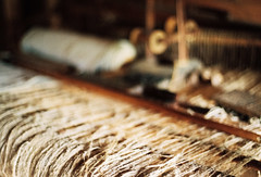 18th century weaving loom (mkk707) Tags: film meinfilmlab analog wwwmeinfilmlabde leicar7 leicasummiluxr50mm2ndmodel11776 kodakportra800 österreich austria vintagelens vintagefilmcamera itsaleica bokeh