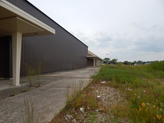 Abandoned Sears, Trotwood Ohio (unicommproductions) Tags: sears salemmall trotwood dayton deadmalls abandoned urbex retail
