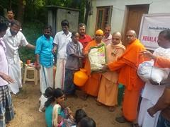 "Kerala Flood Relief (6) <a style=""margin-left:10px; font-size:0.8em;"" href=""http://www.flickr.com/photos/47844184@N02/44251952391/"" target=""_blank"">@flickr</a>"
