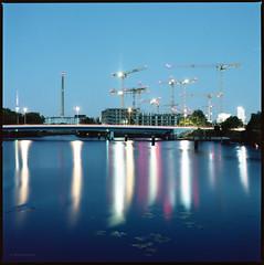 Nordhafen (Konrad Winkler) Tags: berlin europacity baustelle brücke fernsehturm spree nordhafen blauestunde sommer langzeitbelichtung mittelformat 6x6 hasselblad503cx kodakportra160 epsonv800