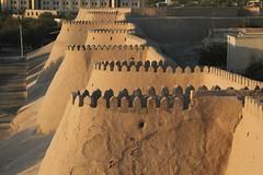 Khiva (plutogno) Tags: uzbekistan citadel sunset wall fortress