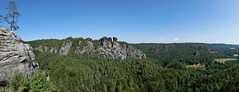 P1670269 (Lumixfan68) Tags: panorama schwenkpanorama elbsandsteingebirge natur felsen sachsen deutschland germany