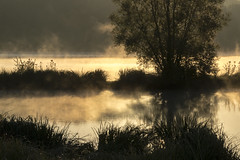 _MG_9751-2 (christiandargent) Tags: france marville meuse stylephoto contrejour eau pays paysage