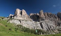 Südtirol  - Alto Adige (madbesl) Tags: südtirol altoadige southtyrol italien italy italia europe berge mountains gebirge natur nature landscape view aussicht panorama olympus pen p1 penp1 zuiko918